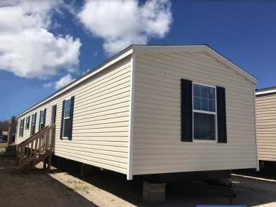 Platinum Single Wide - Down East Homes of Morehead City NC