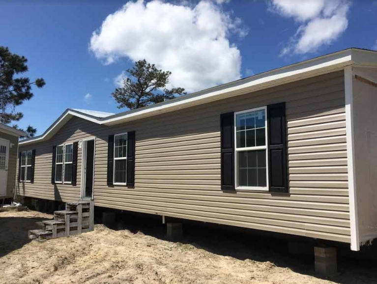 Carolinian Double Wide - Down East Homes of Morehead City NC