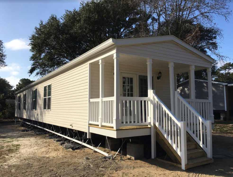 Single Wide with Front Porch - Down East Homes of Morehead City NC
