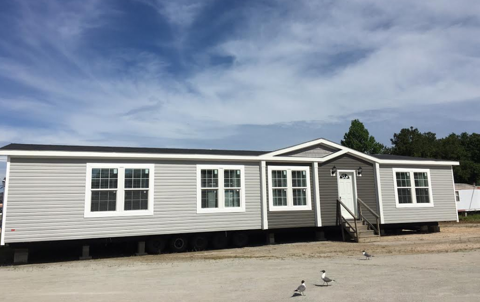 Manufactured home inventory down east homes of morehead city for Modular homes for narrow lots