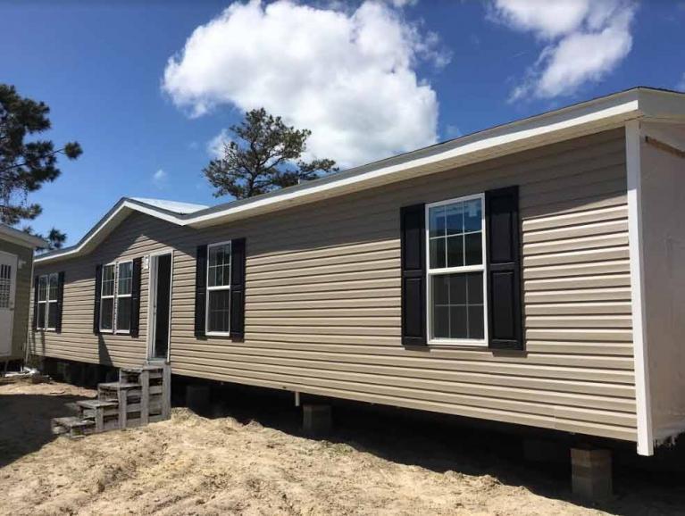 Carolinian Double Wide - Down East Homes of Morehead City NC